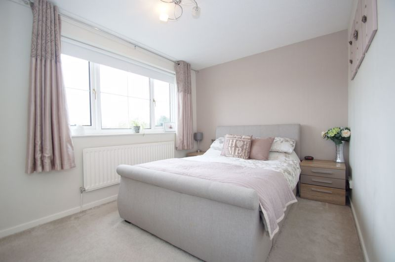 3 bed house for sale in Painswick Close 8