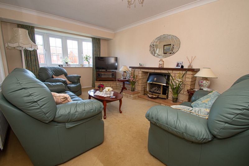 2 bed bungalow for sale in Ladbrook Close 2