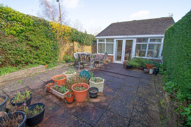 2 bed bungalow for sale in Ladbrook Close  - Property Image 11