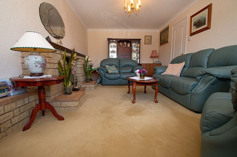 2 bed bungalow for sale in Ladbrook Close 3