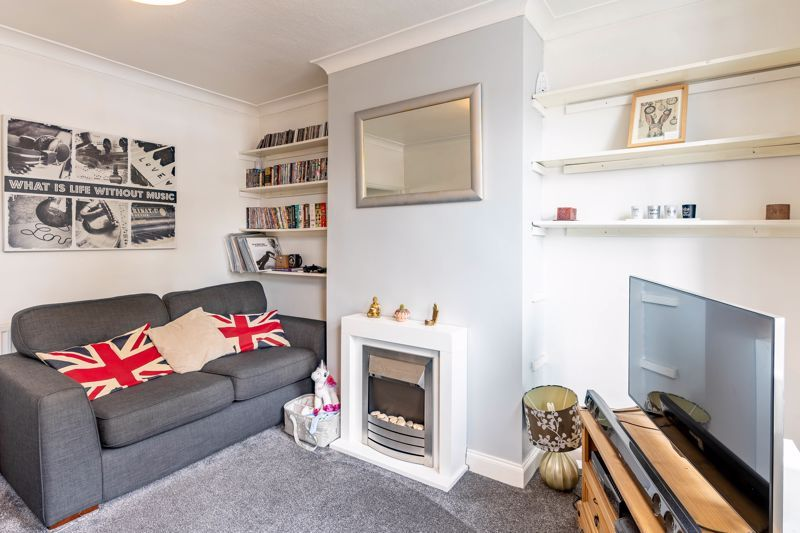 2 bed house for sale in King William Street 3