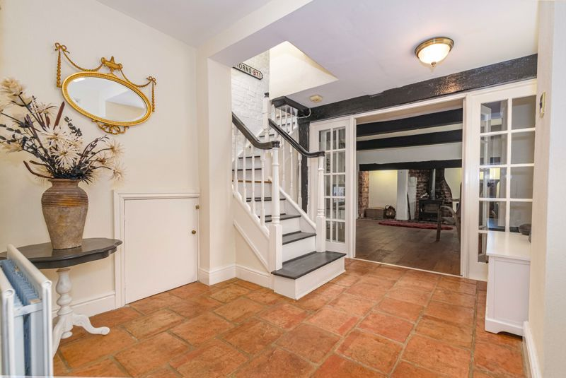 3 bed cottage for sale in Hewell Lane  - Property Image 2
