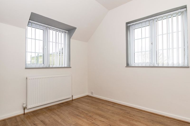 3 bed cottage for sale in Hewell Lane  - Property Image 11
