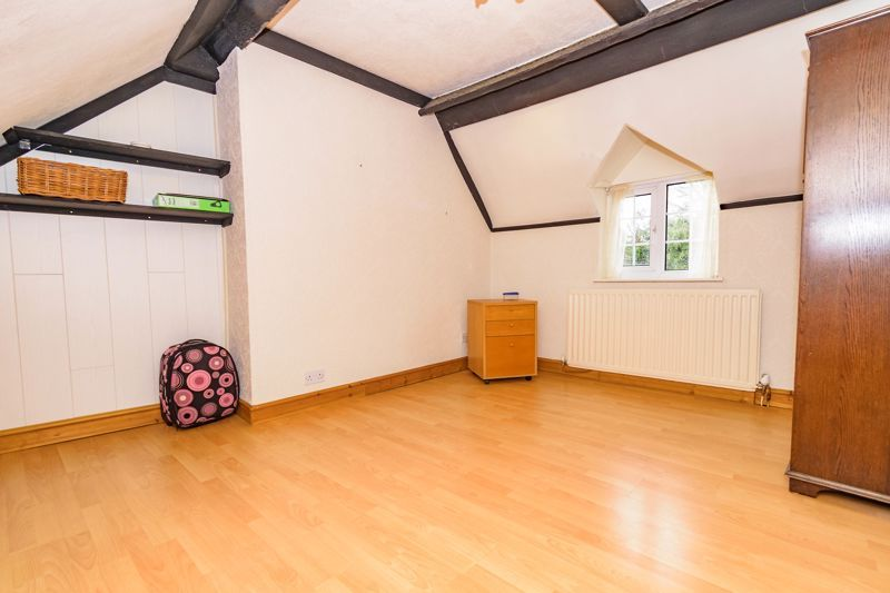 3 bed cottage for sale in Hewell Lane  - Property Image 10