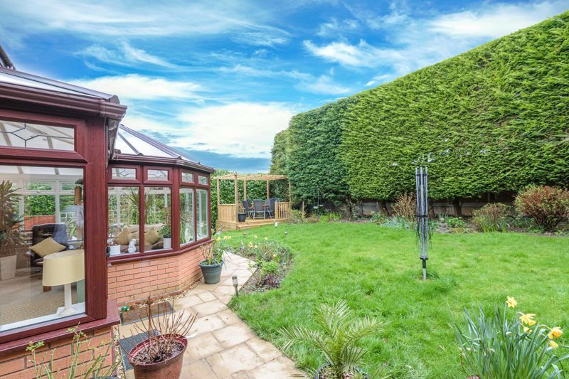 4 bed  for sale in Foxlydiate Lane 12