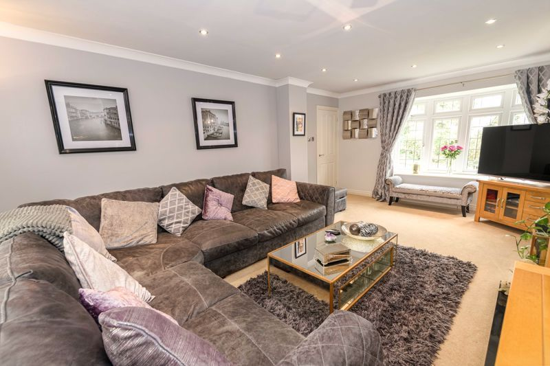 4 bed  for sale in Foxlydiate Lane  - Property Image 18