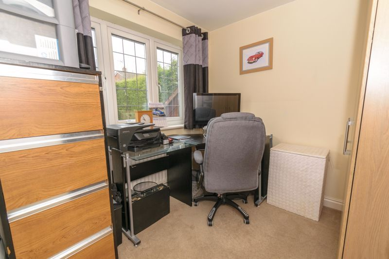 4 bed  for sale in Foxlydiate Lane  - Property Image 10