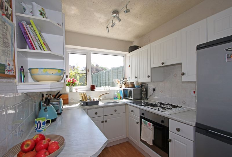 3 bed house for sale in Castle Road  - Property Image 4