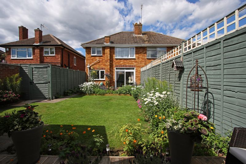 3 bed house for sale in Castle Road 9