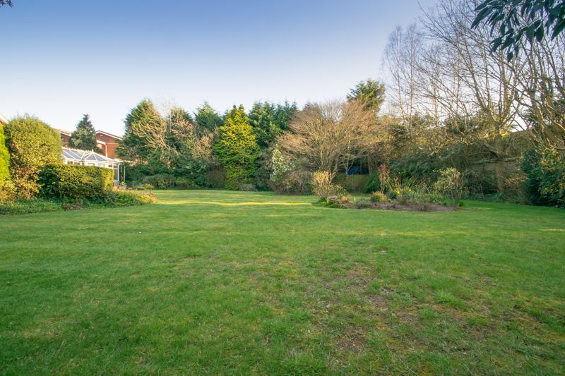 2 bed bungalow for sale in Redlake Drive  - Property Image 12