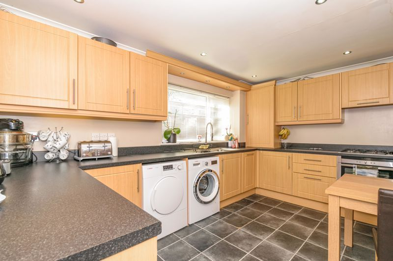3 bed house for sale in Astley Close 4