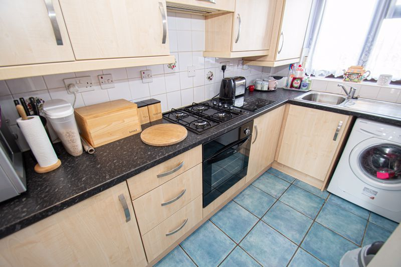 2 bed house for sale in Olive Lane 4