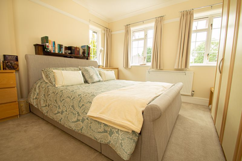 4 bed house for sale in Long Lane  - Property Image 11