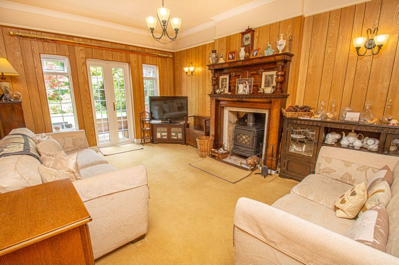 4 bed house for sale in Long Lane  - Property Image 3