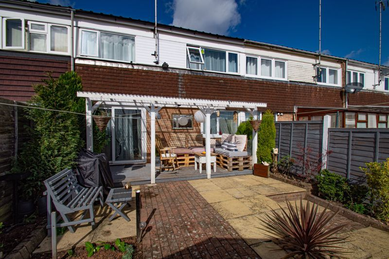 3 bed house for sale in Bushley Close 12
