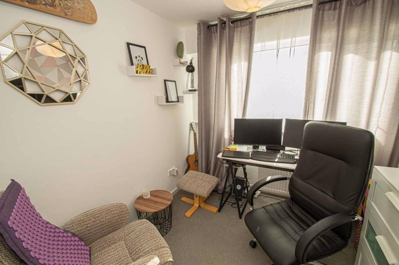 3 bed house for sale in Bushley Close  - Property Image 9