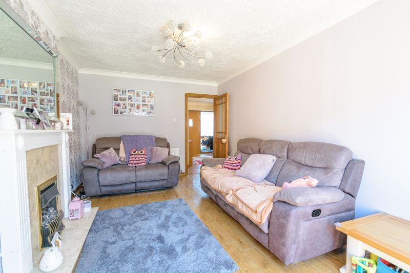 3 bed house for sale in Swift Close 4