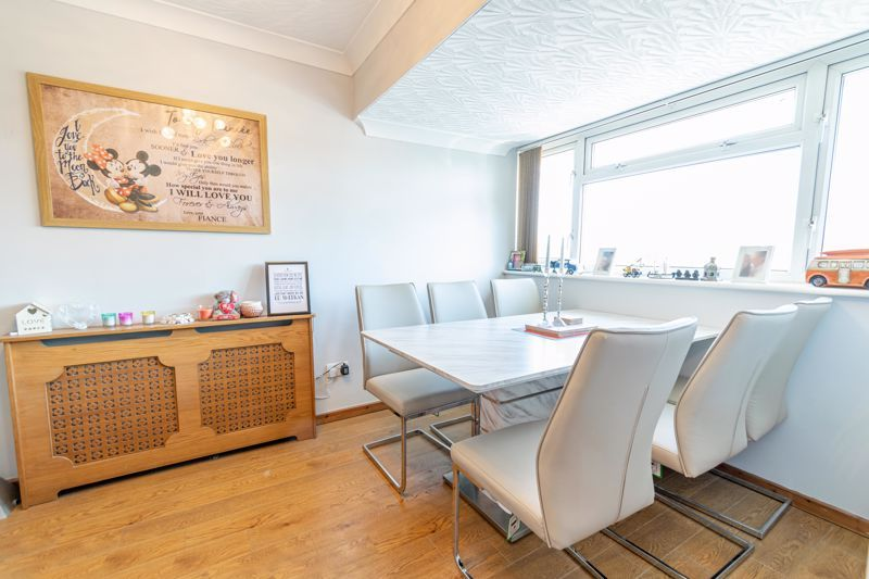 3 bed house for sale in Swift Close 5