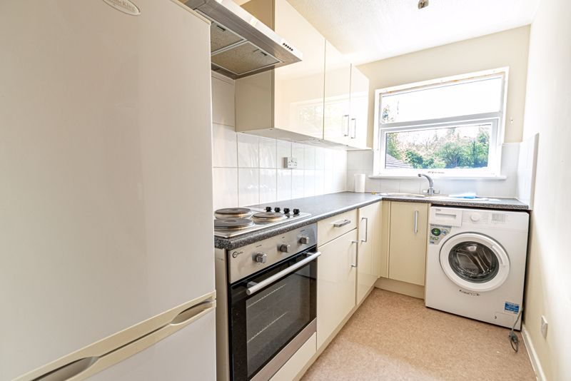 1 bed  for sale in Avonbank Close 4