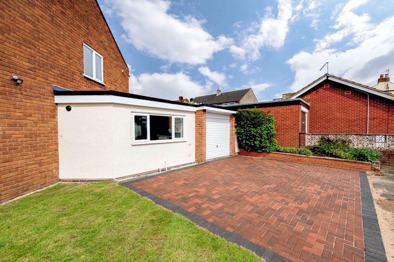 3 bed house for sale in Green Street 12