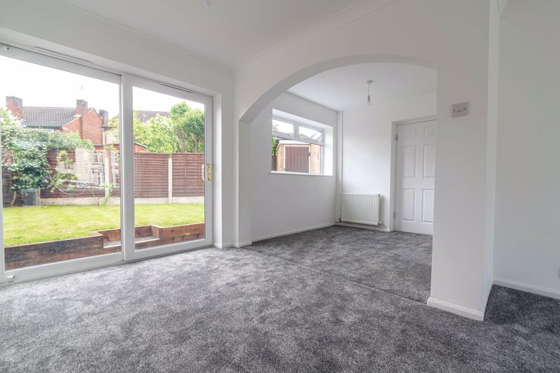3 bed house for sale in Green Street 3