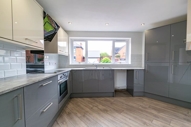 3 bed house for sale in Green Street  - Property Image 7