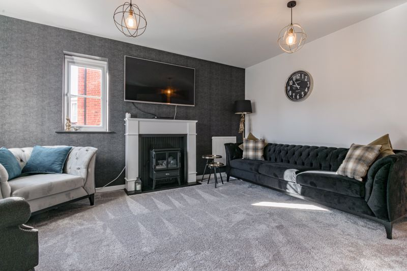 3 bed house for sale in Elrington Close 5