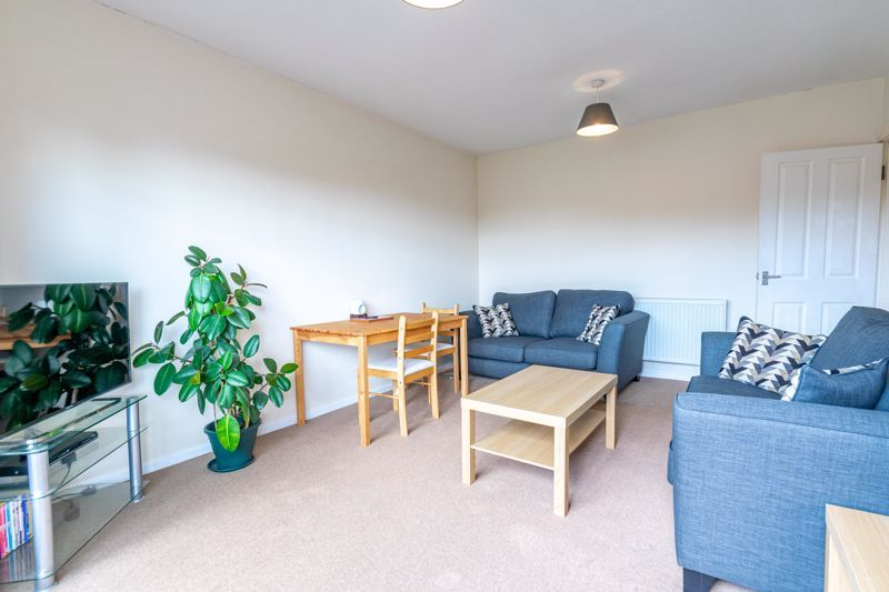 2 bed  for sale in Lords Lane 4