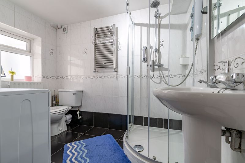 3 bed  for sale in Beoley Road West 11