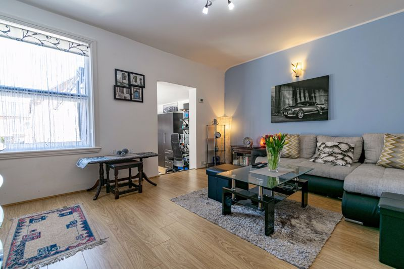 3 bed  for sale in Beoley Road West 3