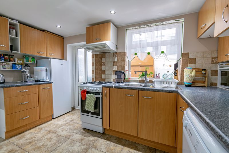 3 bed  for sale in Beoley Road West 5
