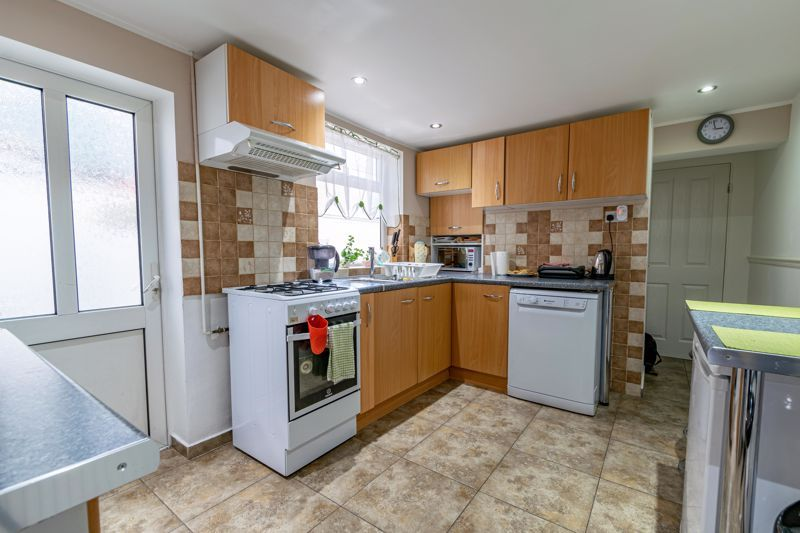 3 bed  for sale in Beoley Road West 6