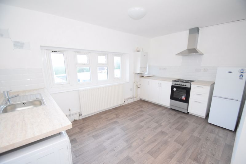 1 bed  to rent in Oak Tree Avenue  - Property Image 3