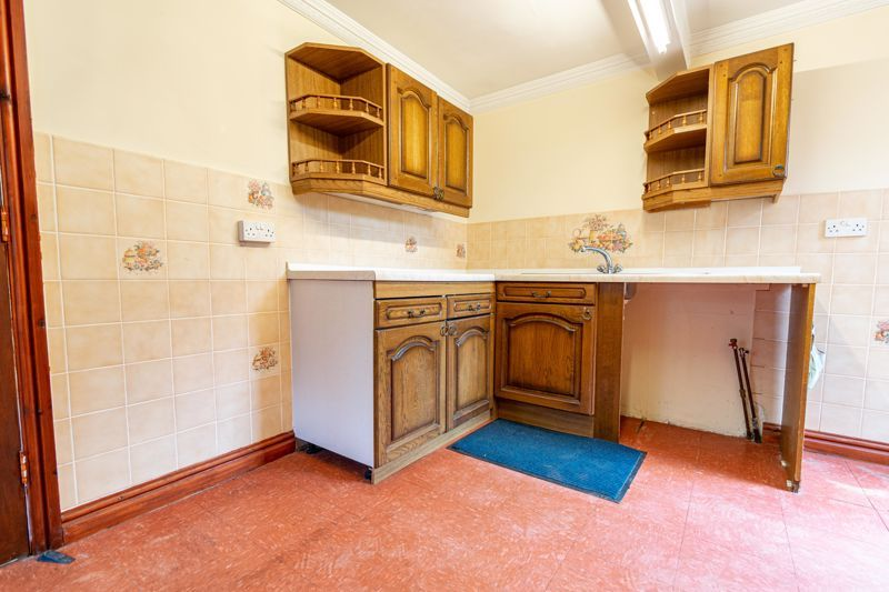 2 bed bungalow for sale in Tye Gardens  - Property Image 18