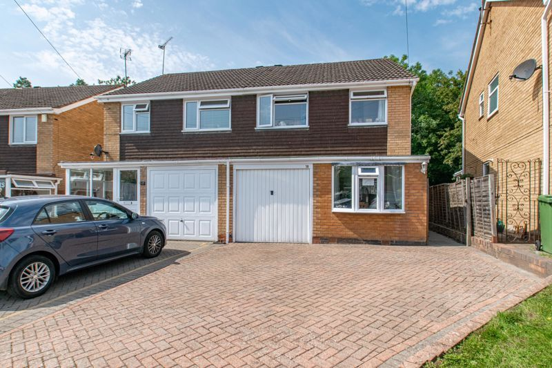 3 bed house for sale in Little Acre 1