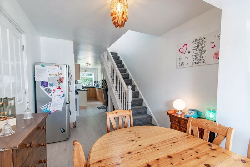 3 bed house for sale in Little Acre 7