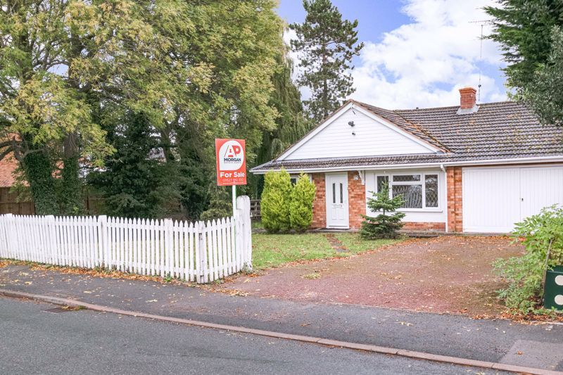 4 bed bungalow for sale in Shaw Lane  - Property Image 16