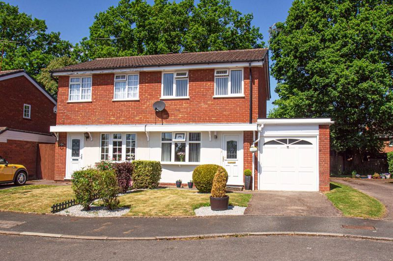 2 bed house for sale in Neighbrook Close  - Property Image 1