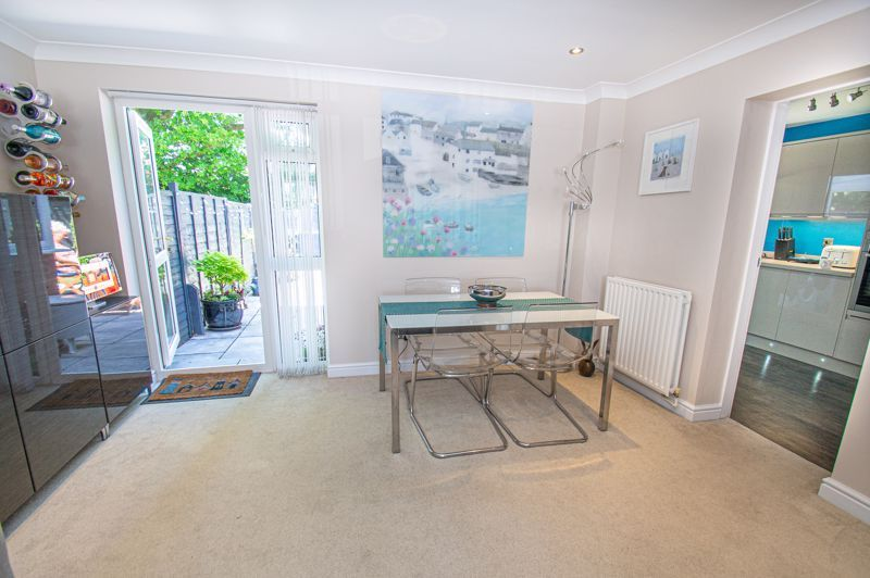 2 bed house for sale in Neighbrook Close  - Property Image 3