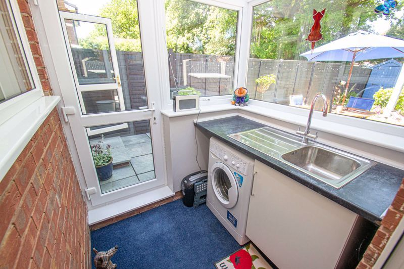 2 bed house for sale in Neighbrook Close  - Property Image 7