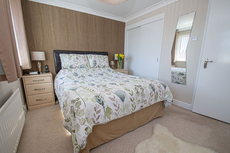 2 bed house for sale in Neighbrook Close  - Property Image 9