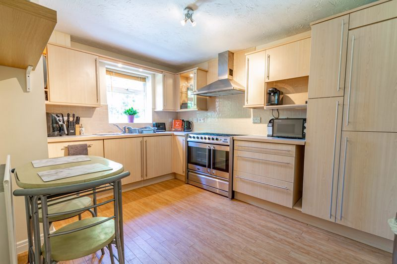 3 bed  for sale in Pastorale Road  - Property Image 2