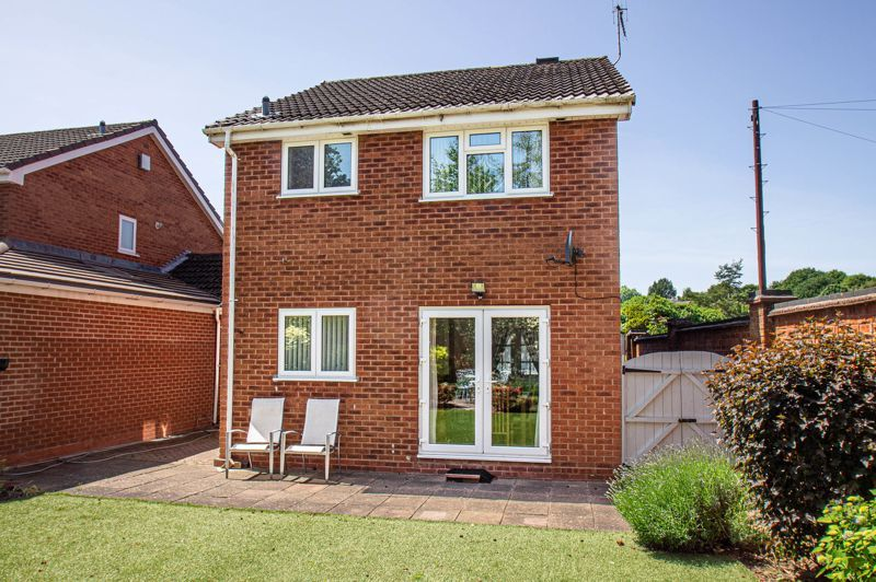 3 bed house for sale in Woodbank Drive 14