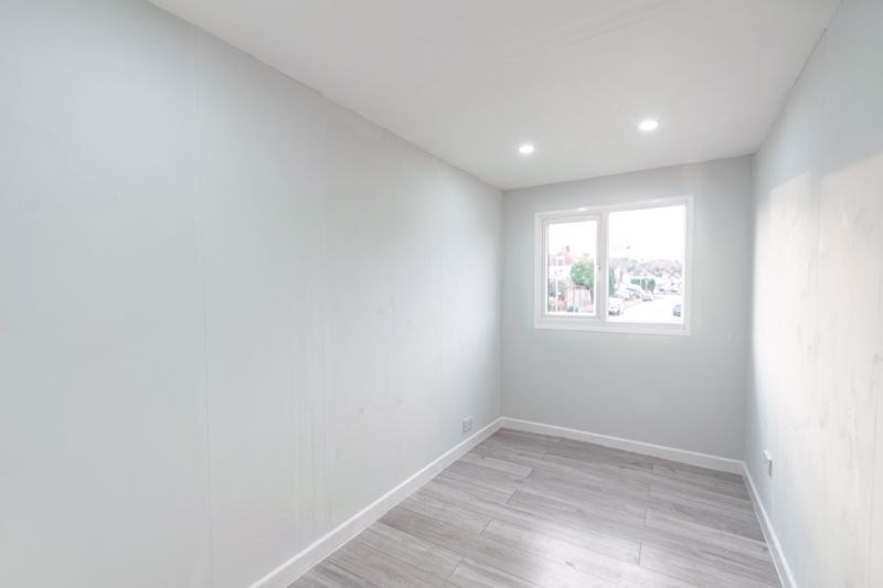 3 bed house for sale in Stourbridge Road  - Property Image 7