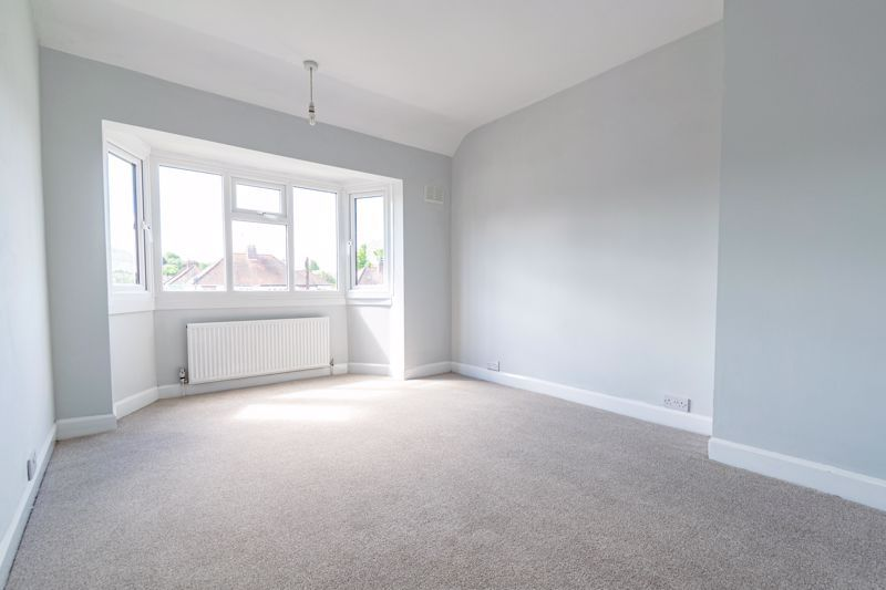 3 bed house for sale in Stourbridge Road  - Property Image 9