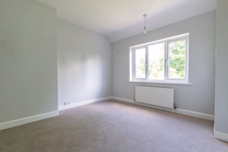 3 bed house for sale in Stourbridge Road  - Property Image 10