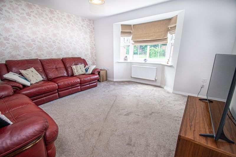 4 bed house for sale in Cross Furlong  - Property Image 2