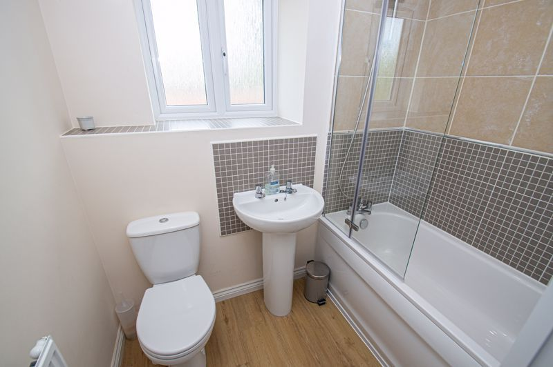4 bed house for sale in Cross Furlong  - Property Image 12