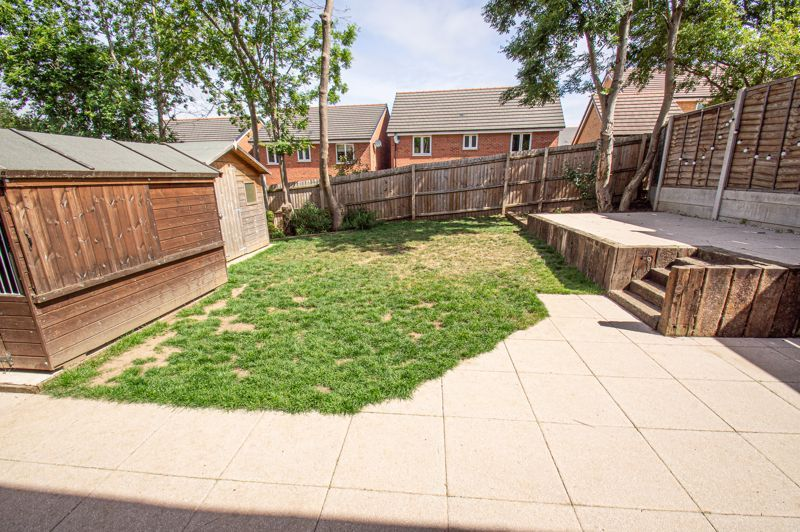 4 bed house for sale in Cross Furlong 15