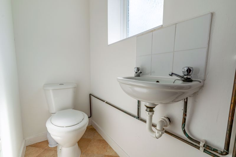 2 bed house for sale in Butchers Lane 7